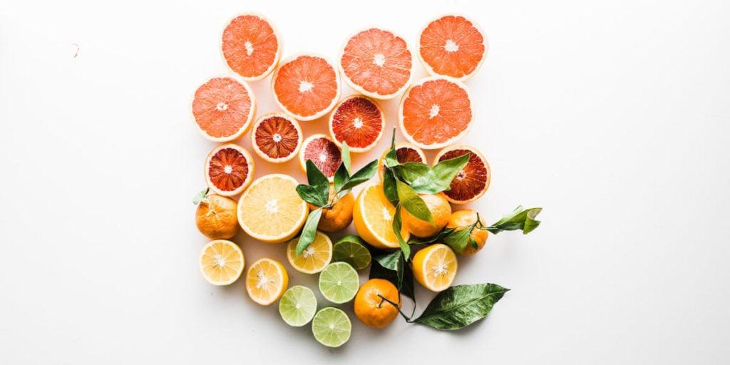 Pomeranče jsou bohaté na vitamín C, který je výborný na posílení imunity